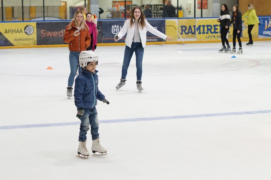 Lõunakeskuse Liuväli 14: perepäev - Astri Arena